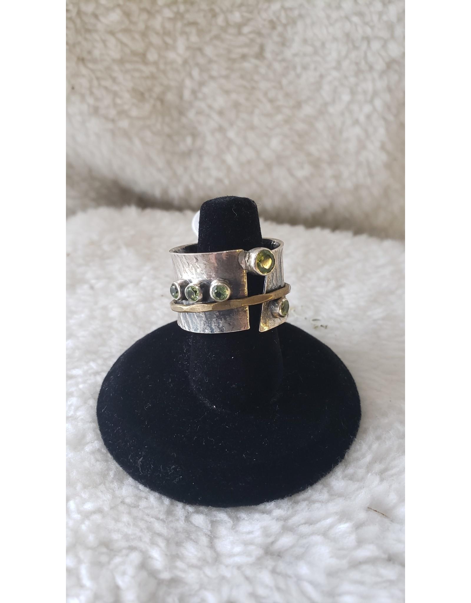 Peridot Gold & Silver Band | Size 10