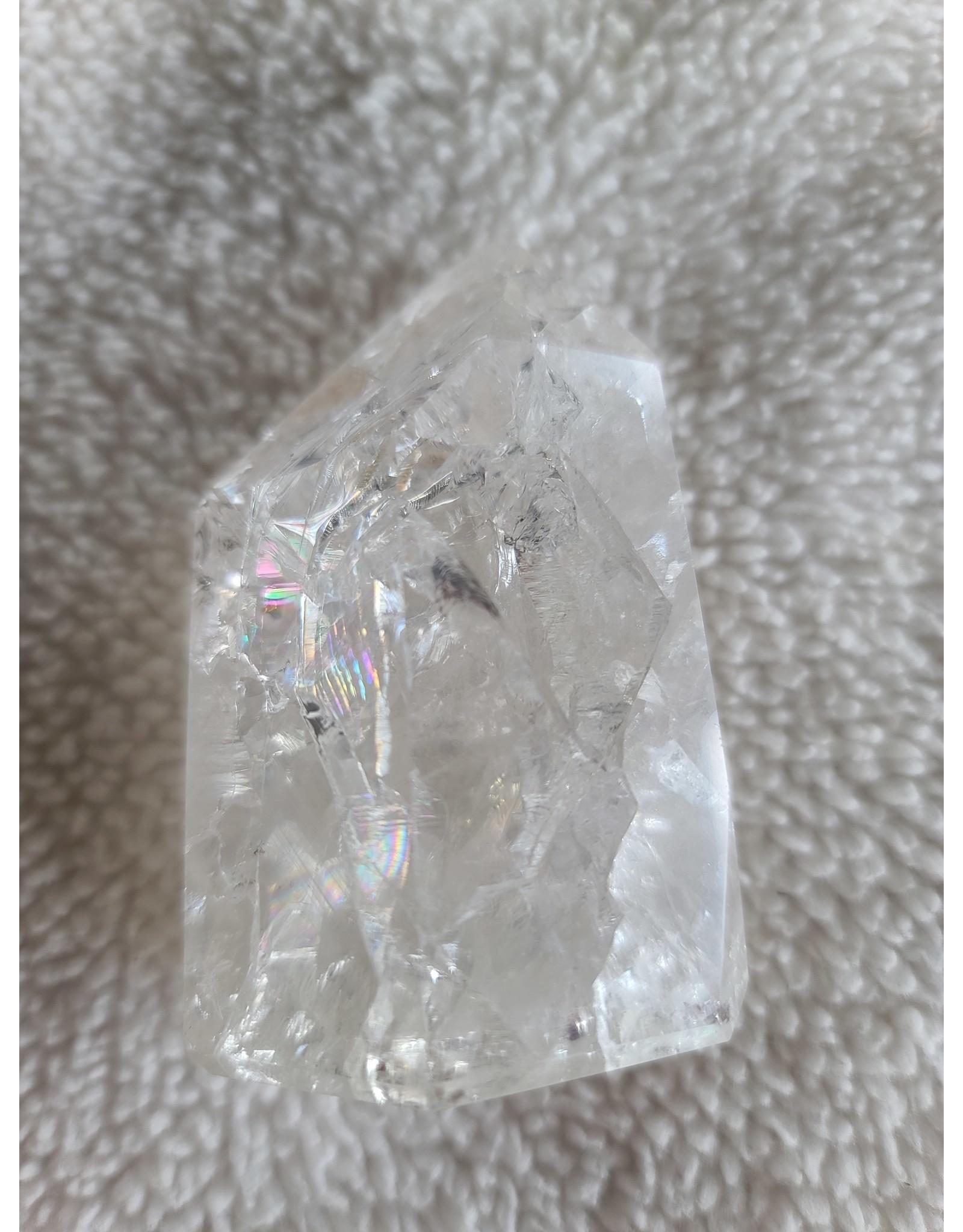 Medium Point | Crackle Quartz