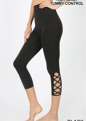 Zenana Outfitters Black Lattice Capri Legging