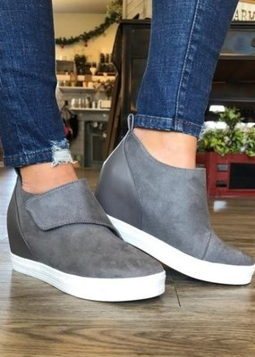 Cocci Gray Cross Strap Wedge
