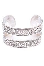 Suzie Q USA Metal Engraved Cuff Bracelet - Silver