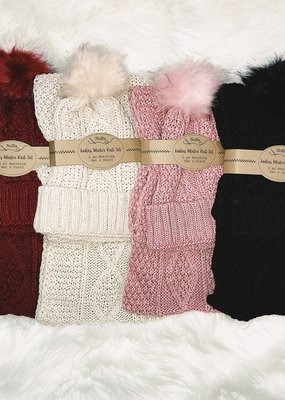 Nollia Knit Hat and Infinity Scarf Set
