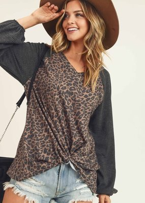 First Love Leopard V-Neck Longsleeve Top