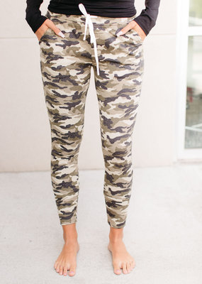 Perfect Camo Jogger - Ampersand Ave