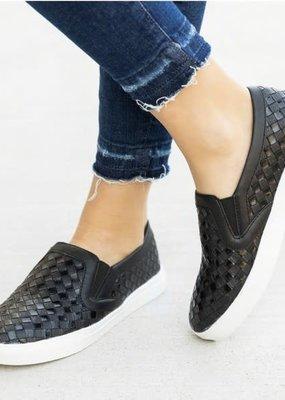 Mata Shoes Black Slip-On Sneaker