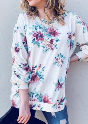 And the Why Ivory Floral 3/4 Sleeve Top