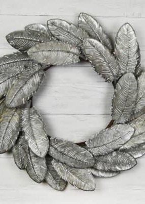 """Pd Home & Garden 26"""" Tin Feather Wreath"""