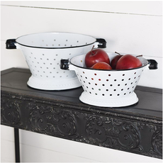 Pd Home & Garden White Colanders - Set of 2