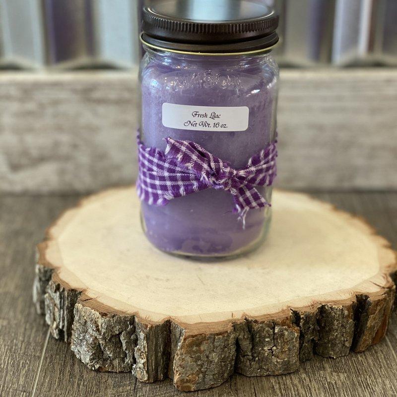 Audrey's Farmhouse Candle - Fresh Lilac