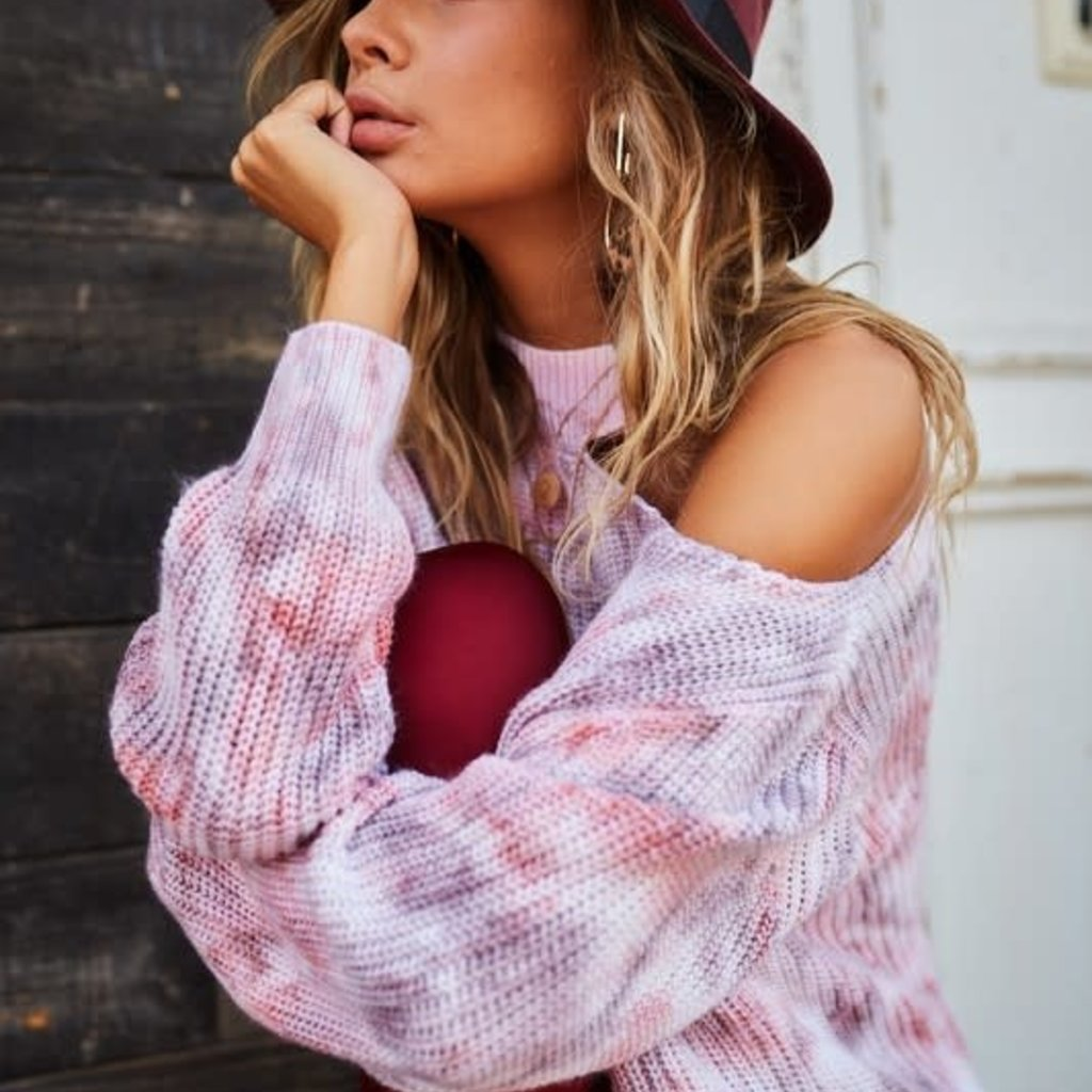Main Strip Cranberry Chocolate Neck Cut Out Sweater