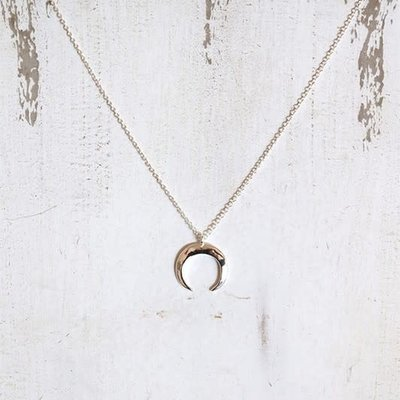 Panache Horn Shape Silver Necklace