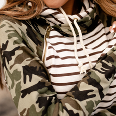 AMPERSAND AVE Crazy About Camo Doublehood - Ampersand Ave (S-3XL)
