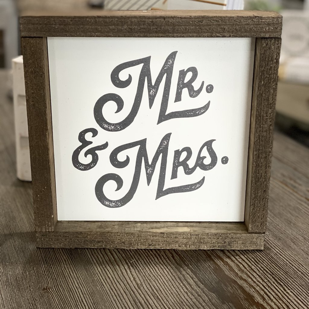 Clairmont & Co 8x8 Wood Frame Sign - Mr & Mrs
