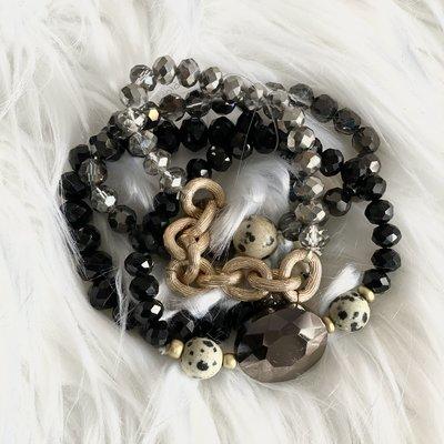 Southern Seoul Black 4 Strand Stone Glass Bead Bracelet Set