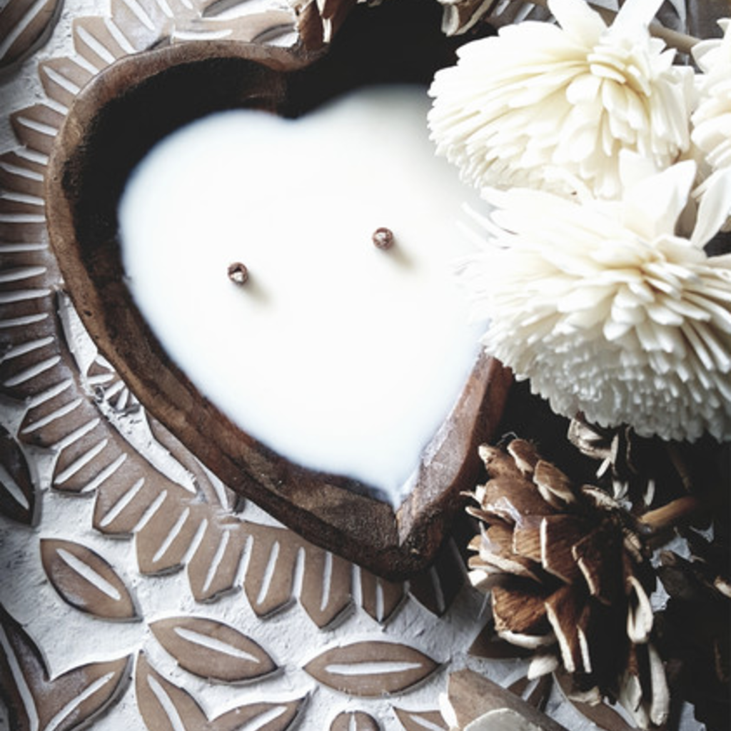 LiveYoung Heart Shaped Two-Wick Candle (2 Scents)
