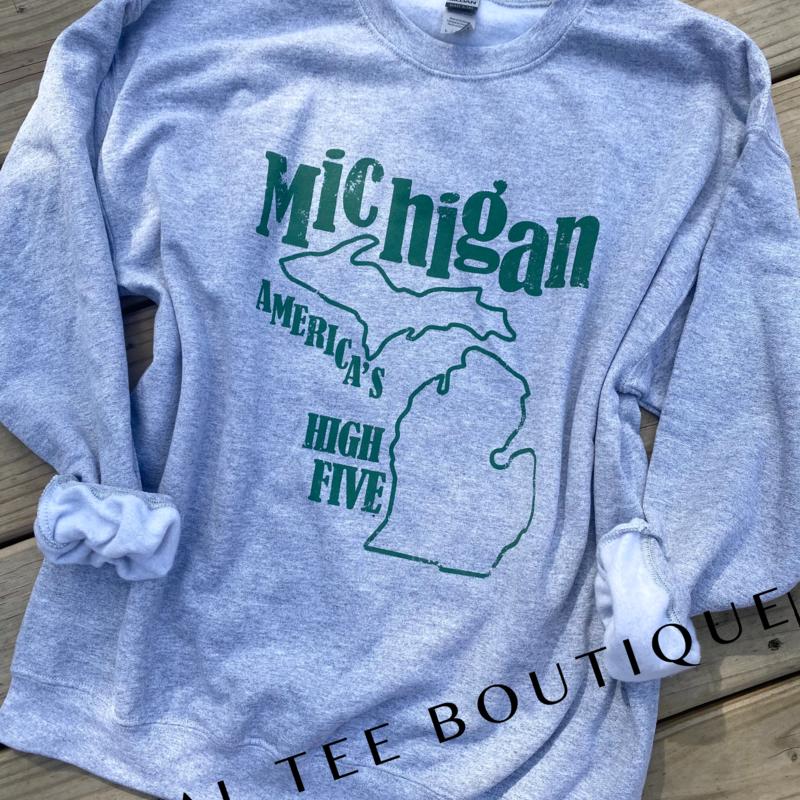 Gildan Michigan is America's High Five Crew (S-3XL)