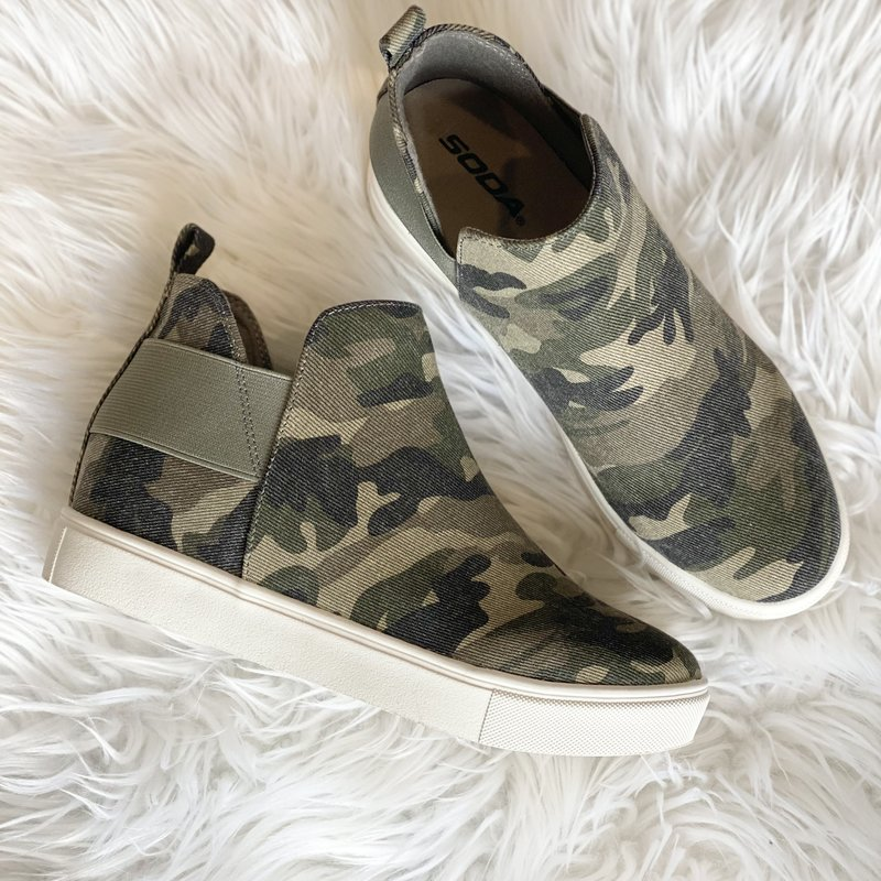 Soda Brand Soda Camo Wedge Sneaks (7-11)