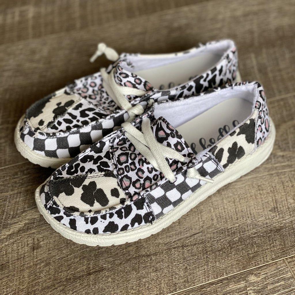 Very G Gypsy Jazz Groovy White & Black Shoes (6-11)