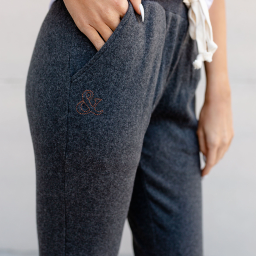 AMPERSAND AVE Charcoal Ampersand Ave Joggers (S-3XL)