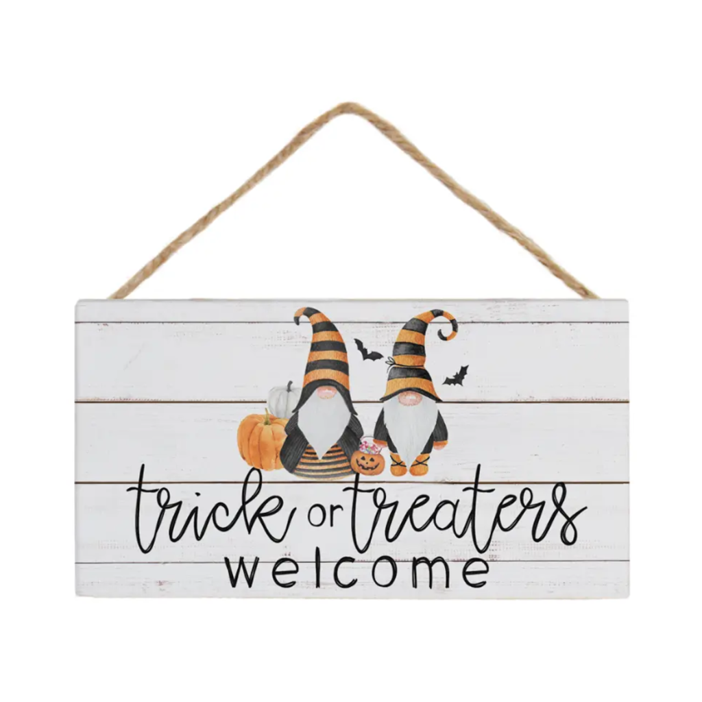 Sincere Surroundings Trick or Treaters Welcome Hanging Sign