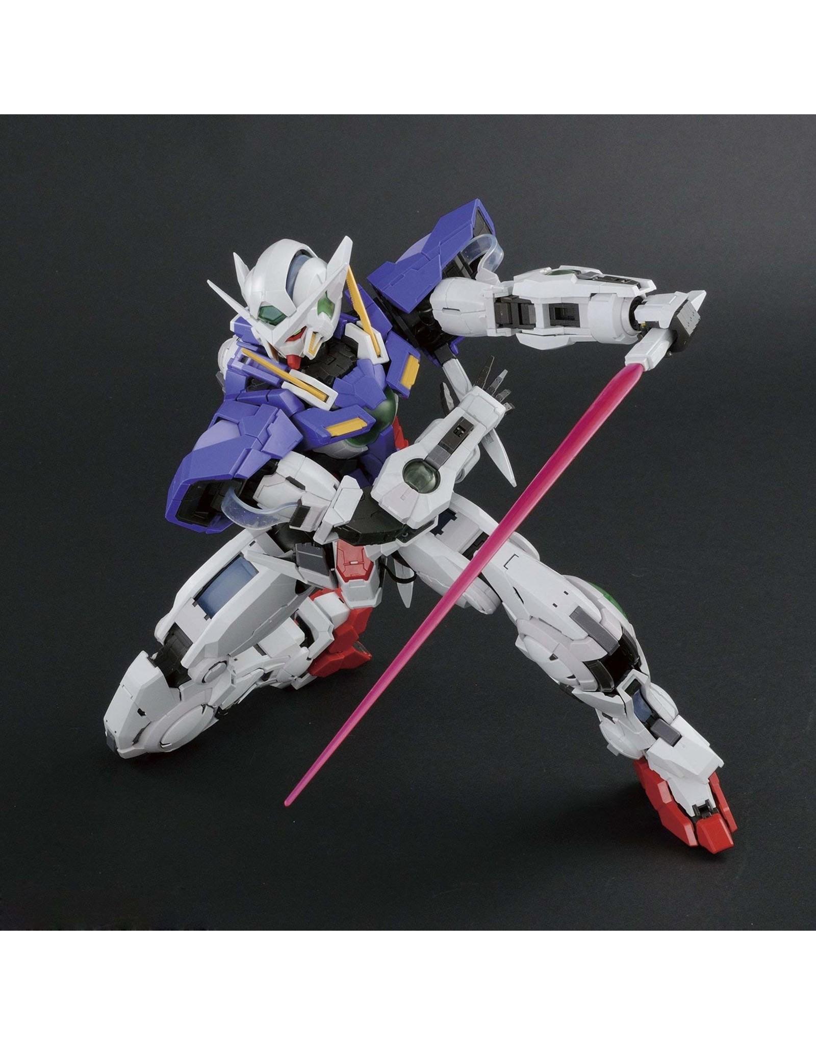 Bandai GN-001 Gundam Exia PG