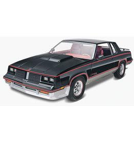 Revell 4317 - '83 Hurst Oldsmobile 1/25