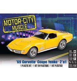 Revell 4411 - 1/25 '69 Corvette Coupe Yenko 2 'n 1