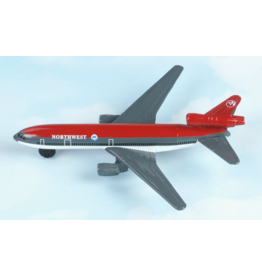 Hot Wings Northwest Airlines DC-10