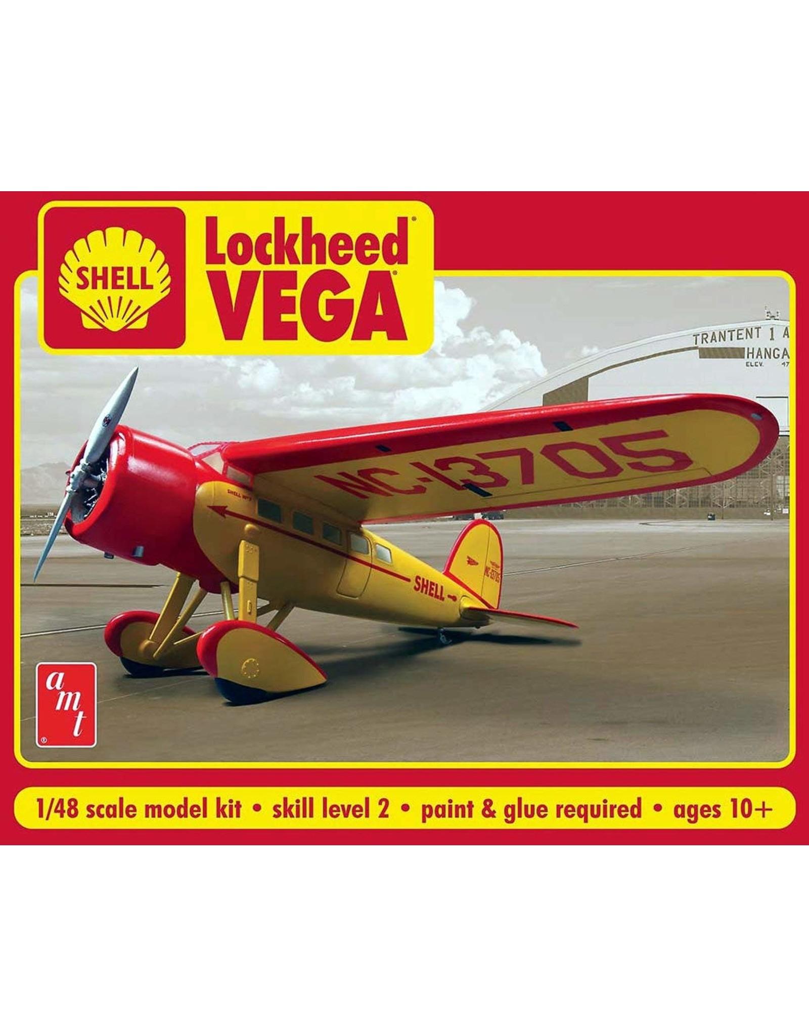 AMT 950 - 1/48 Shell Oil Lockheed Vega