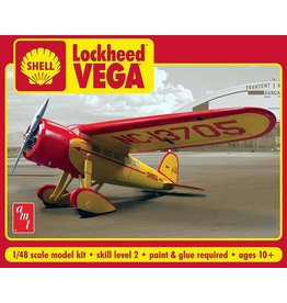 AMT 950 - 1/48 Shell Oil Lockheed Vega