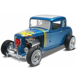 Revell 4228 - 1/25 '32 Ford 5 Window Coupe