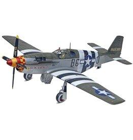 Revell 5535 - 1/32 P-51B Mustang