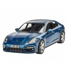 Revell of Germany 07034 - 1/24 Porsche Panamera Turbo