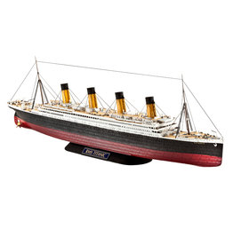 Revell of Germany 05210 - 1/700 RMS Titanic