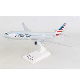 Daron 1/200 American A330-300 - SkyMarks