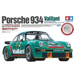 Tamiya 12056 - 1/12 Porsche 934 Vaillant