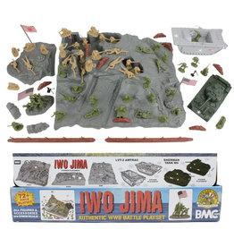 BMC 40036 - WWII IWO Jima Plastic Army Men, Tanks, and Island - 72 Piece