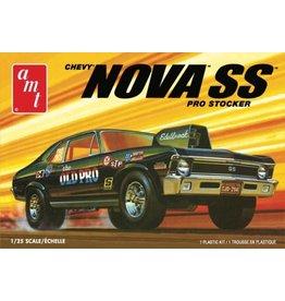 """AMT 1142 - 1/25 1972 Chevy Nova SS """"Old Pro"""""""