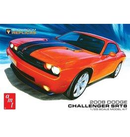 AMT 1075 - 1/25 2008 Dodge Challenger SRT8