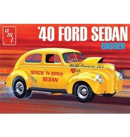 AMT 1088 - 1/25 1940 Ford Sedan OAS
