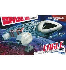 MPC 825 - 1/48 Space: 1999 Eagle Transporter
