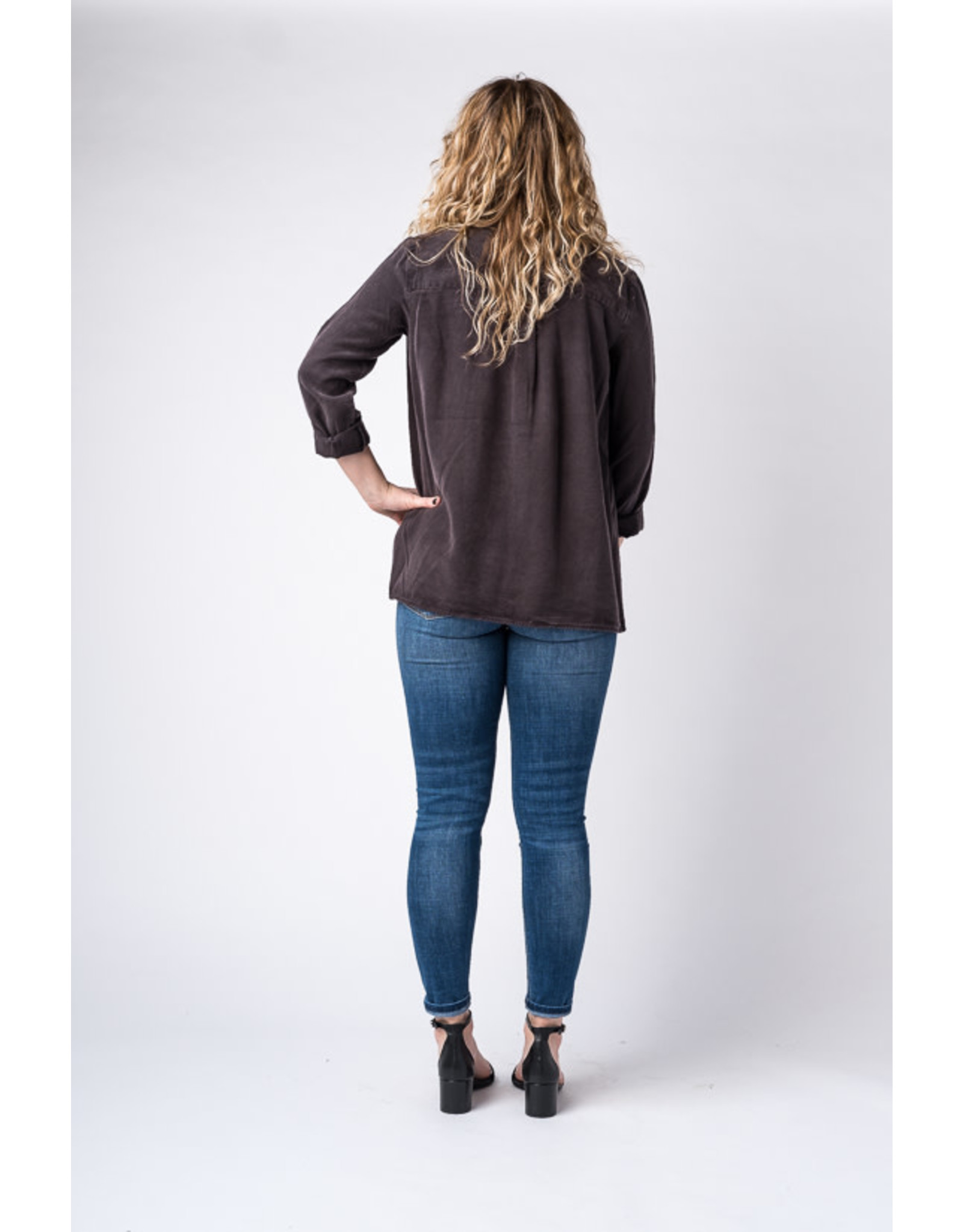 Soyaconcept Gossip - Lyocell blouse with roll tab sleeves