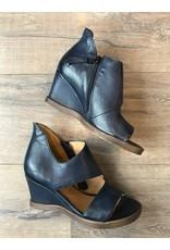 Mjus MJUS - Esme wedge sandal (2 colours)