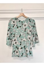Papillon Floral 1/2 sleeve top with front tie