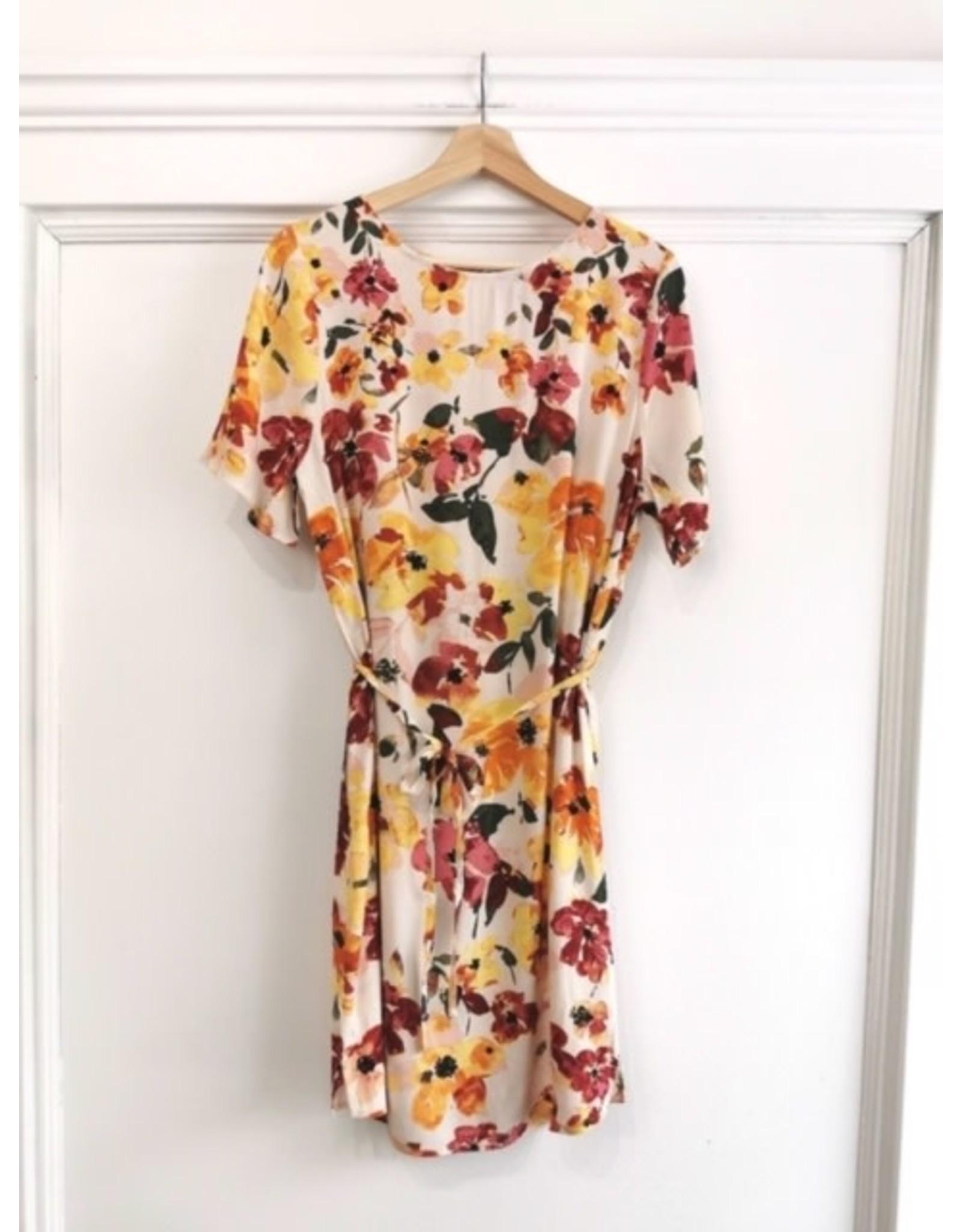 ICHI ICHI - BRUNSA dress (tapioca)