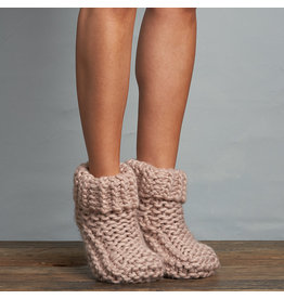 Lemon Cabin cuffed slipper (buff)