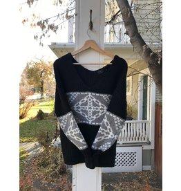 Press Press - V neck pullover with jacquard pattern