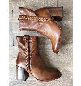Mjus MJUS - Elle block heeled boot with braided trim