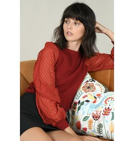 Molly Bracken Molly Bracken - Knit sweater with sheer sleeves (red)