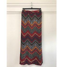 See U Soon See U Soon - Permanent pleat maxi skirt (Bordeaux)